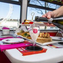 Join us for a Prosecco Bus Tour in London - summer 2021
