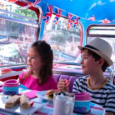 Peppa Pig Party Bus Hire