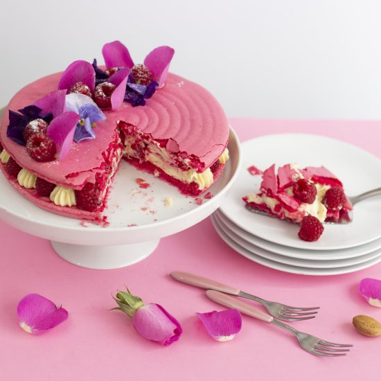 BC Raspberry Macaron 1135
